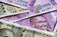 एक अमेरिकी डॉलर की कीमत 71 रुपये, रुपया अब तक के सबसे निचले स्तर पर