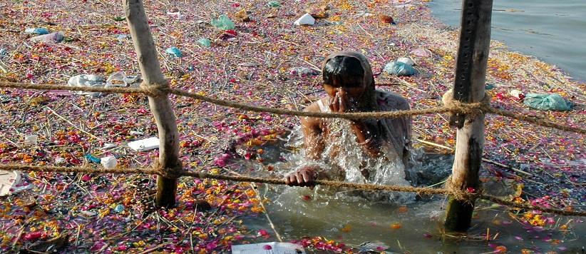 गंगा और यमुना नदियों का पानी आचमन योग्य नहीं रहा