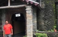 कसारदेवी का मोहन्स - हौसला हो तो पहाड़ में रहकर क्या नहीं हो सकता