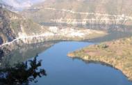 प्राकृतिक संसाधनों पर जलविद्युत परियोजनाओं का साया