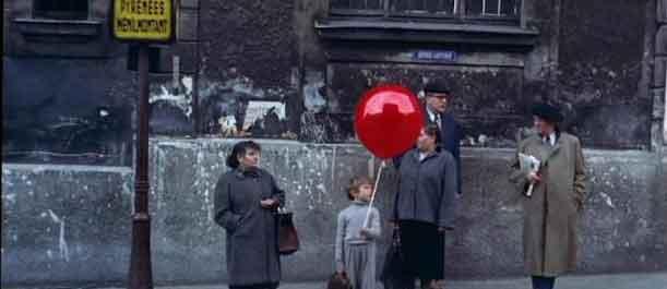 सिनेमा : कालजयी फ्रेंच फिल्म 'रेड बैलून' का जादू