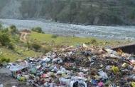 पहाड़, पर्यावरण और प्लास्टिक का कचरा