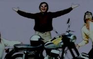 हल्के-फुल्के मिजाज की फिल्म चश्मेबद्दूर
