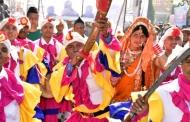 हल्द्वानी में उत्तरायणी के जुलूस की तस्वीरें