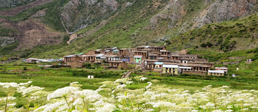 माता कुन्ती, पांडव और कुटी गाँव के वेद व्यास