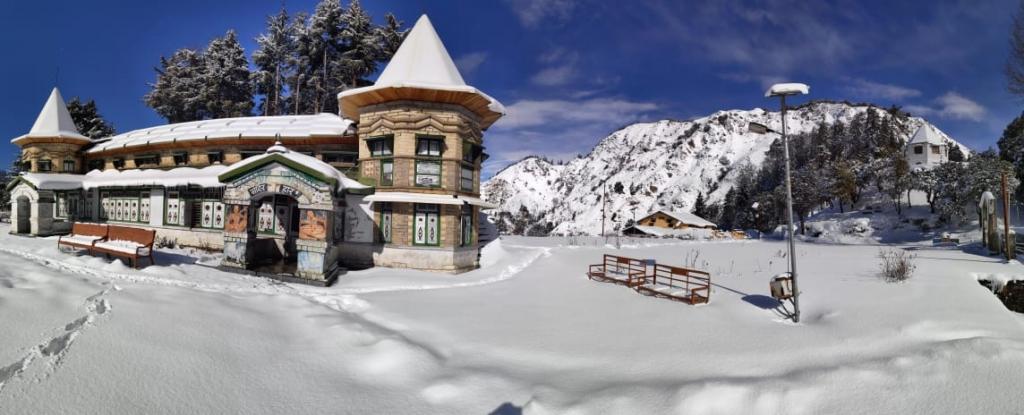 Snowfall in Narayan Ashram