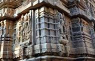 खजुराहो की शिल्पकला की झलक है चम्पावत के बालेश्वर मंदिर में