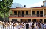 मुनस्यारी से मदकोट के रास्ते में पड़ने वाले एक स्कूल के बहाने