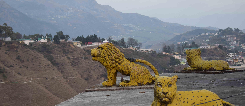 भगवती के शीतला स्वरूप को समर्पित पिथौरागढ़ का मां वरदानी मंदिर