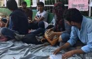 13 दिनों से किताबों और शिक्षकों के लिये आन्दोलन कर रहे हैं पिथौरागढ़ के युवा