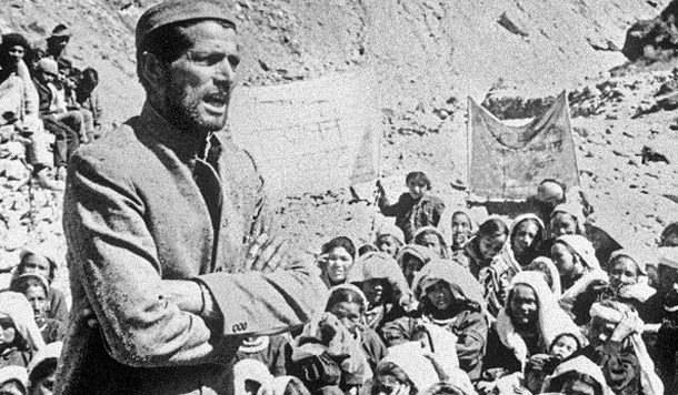 शराब माफिया द्वारा मार डाले गए हिम्मती पत्रकार उमेश डोभाल की कविताएं