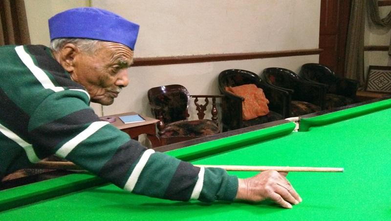 Kamlapati Pandey Billiards Player from British India