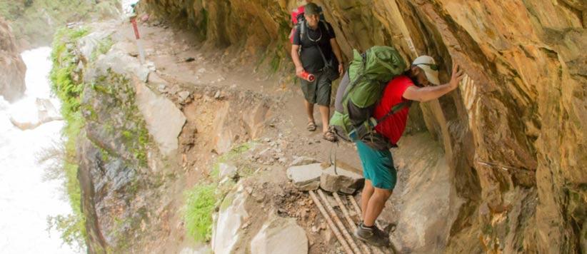 दारमा और व्यांस घाटियों को जोड़ने वाले सिन ला पास की साहसिक यात्रा
