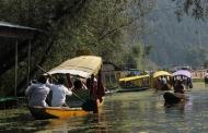 लाखों कश्मीरी व देश के सिपाही अपने घर-परिवार की खबर से महरूम हैं