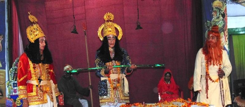 मुक्तेश्वर की रामलीला में जब शक्ति लगने से हुई लक्ष्मण की असल में मृत्यु