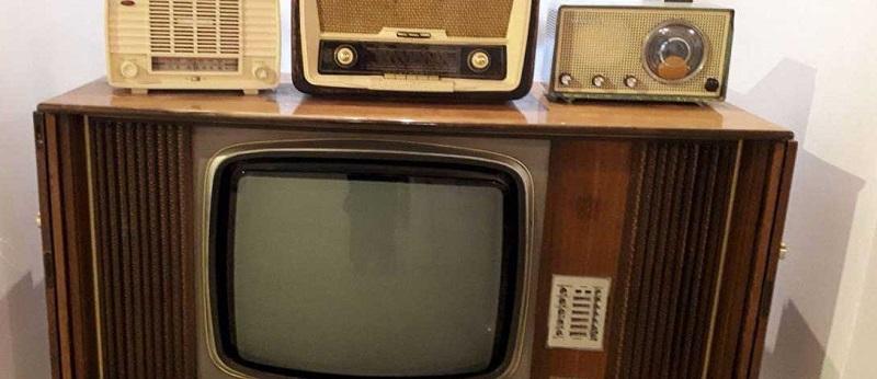 रेडियो से समाचारों की सनसनी तक का सफ़र