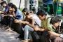 मोबाइल फोन की गिरफ्त में मासूमों का बचपन