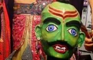 अल्मोड़े के दशहरे में पुतले : नीरज सिंह पांगती का फोटो निबंध
