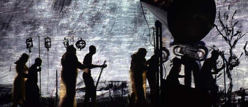 बिजली आने से पहले पहाड़ों की रामलीला में प्रकाश व्यवस्था