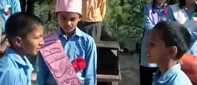 मिलिये पहाड़ में सरकारी स्कूल के तीन बच्चों से जिनकी फर्राटेदार अंग्रेजी वाले वीडियो से पूरा देश प्रभावित है