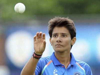 Ekta Bisht & Mansi Joshi's tag team catch