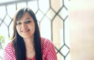 गंगोलीहाट की डॉ. सविता जोशी जो गुड़गांव में गेरु और बिस्वार से ऐपण बना कर देश और दुनिया में अपनी संस्कृति को लोकप्रिय बना रही हैं
