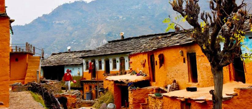 मल्या उड़ कर माल-भाबर की ओर जाते थे और हम गर्म इलाके के अपने दूसरे गांव