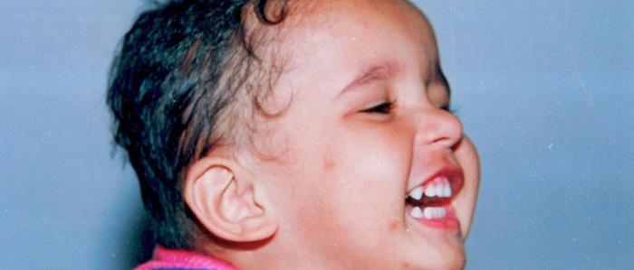 बिना आवाज किये देर तक सिर्फ बच्चे ही हंस सकते हैं