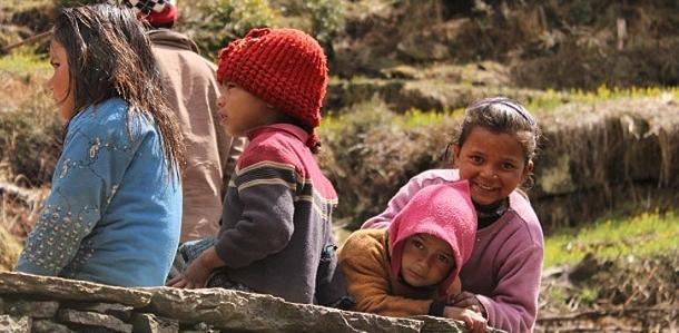 पहाड़ के स्कूलों में जाड़ों की छुट्टियां और बचपन