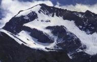 घंटों निहार सकते हैं ॐ पर्वत के प्राकृतिक श्रृंगार को