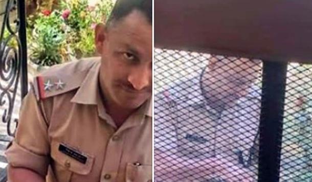 उत्तराखंड पुलिस के एस.आई. लोकेन्द्र बहुगुणा की इस तस्वीर ने देश का दिल जीत लिया