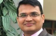 इन मुश्किल दिनों में फिजिक्स की मुफ्त ऑनलाइन क्लासेज लगा रहे हैं खलीफा अध्यापक मनमोहन जोशी