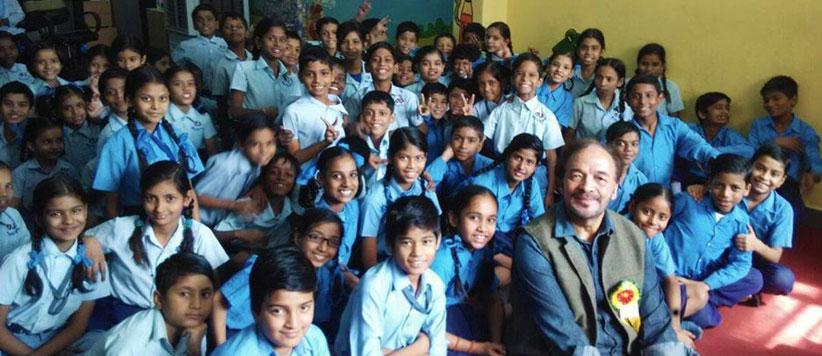 देशभर में बच्चों के प्यारे देवेन दा आज से जीवन के 77वें साल में प्रवेश कर रहे हैं