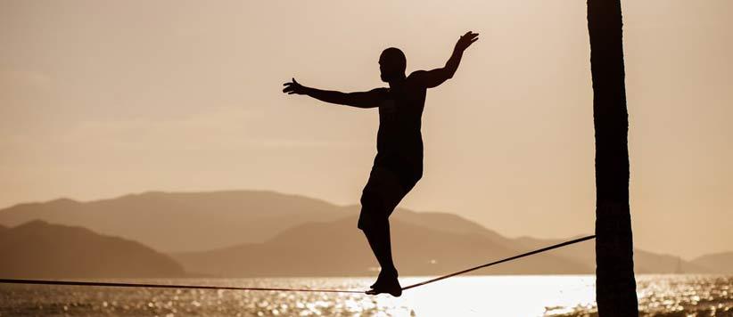 हर पल संतुलन का नाम है जिंदगी