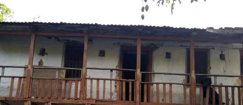 उत्तराखंड के जिस घर में चंद्रशेखर आजाद रहे आज वह उपेक्षित पड़ा है
