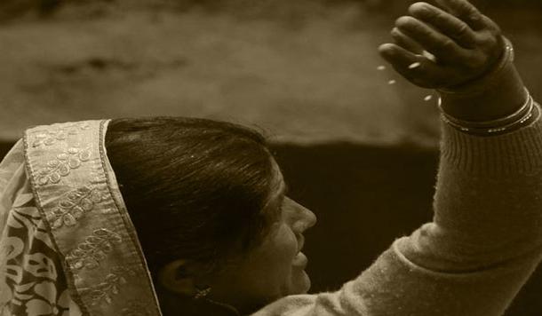 अर्धांगिनी : छुट्टी में पहाड़ आये फ़ौजी का घर-संसार लपेटे शैलेश मटियानी की कहानी