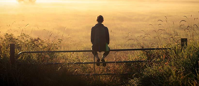 जीवन बदलना है तो अपने सोचने का ढंग बदलिए : पॉजिटिव थिंकिंग के तीन सिद्धांत