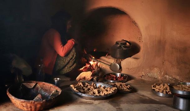 आज पारम्परिक पकवानों की सुंगध बिखरेगी हर पहाड़ी परिवार में