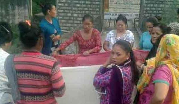 पहाड़ी क्षेत्रों की महिलाओं का प्रसव भगवान भरोसे होता है