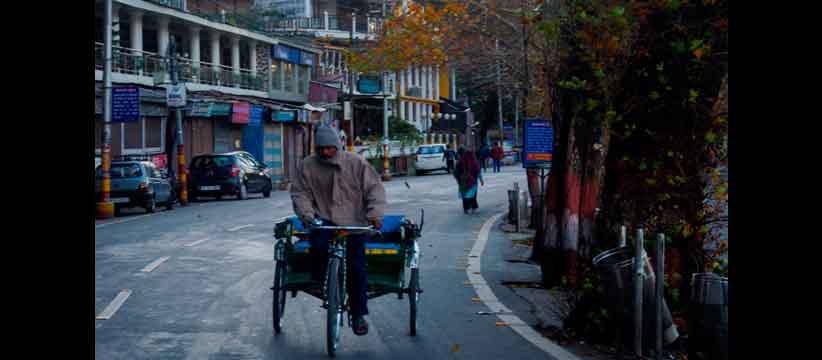 नैनीताल में साइकिल रिक्शा अब इतिहास की बात हुई